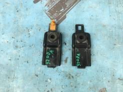 Крепление радиатора верх Subaru Impreza GDA
