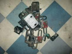 Петля двери Volkswagen Passat 1999, правая передняя