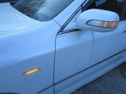 Повторитель поворота в крыло. Toyota Crown Majesta, UZS186, UZS187 Nissan X-Trail 1UZFE