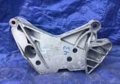 Кронштейн двигателя правый Фольксваген Тигуан 1