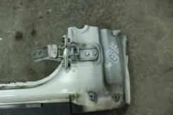 Шарнир передней правой двери Toyota Mark II gx100 jzx100