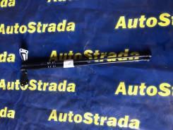 Амортизатор двери багажника. Nissan Juke, F15, NF15, YF15, F15E Двигатели: HR15DE, HR16DE, MR16DDT