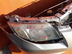 Фара правая Toyota Corolla Axio