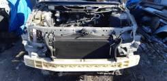 Передняя часть автомобиля. Mazda MPV, LW3W L3