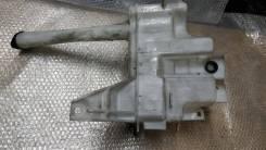 Бачок омывателя Toyota Celsior UCF30 LS430 2003 рестайлинг