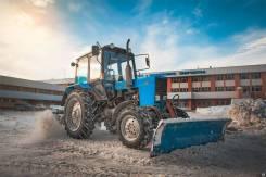 Свободен трактор МТЗ 82 с щеткой и отвалом север СПБ