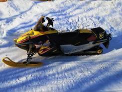 BRP Ski-Doo Summit Adrenaline, 2001