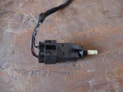 Выключатель стоп-сигнала