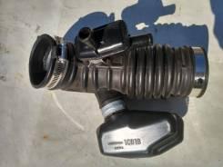 Патрубок воздухозаборника. Infiniti FX35, S51 VQ35HR