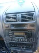 Центральння консоль на Toyota Ipsum SXM10 SXM15
