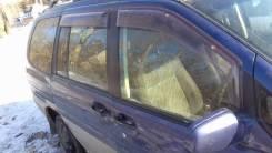 Стекло двери правое заднее. Nissan Prairie JOY PM11