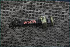 Ограничитель двери Nissan Stagea WGC34 WGNC34 WHC34