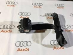 Ремень безопасности задний левый Audi A4, A5 2008-2016 год