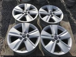 Продам литые диски R17 Toyota
