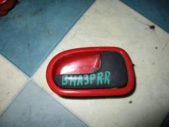 Ручка двери внутренняя Mazda Familia 1996, правая задняя