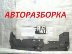 Накладка передней панели / замок капота Лансер 10