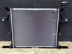 Радиатор охлаждения двигателя. Jeep Grand Cherokee, WH, WK Двигатели: EZB, EZD, EZH