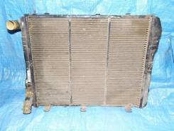 Радиатор охлаждения двигателя. Москвич 2335 Москвич 2141