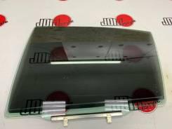 Стекло боковое заднее левое на Toyota Aristo JZS160, JZS161!