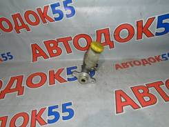 Главный тормозной цилиндр Nissan Sunny FB15