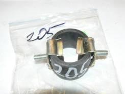 Кронштейн глушителя Nissan Terrano WD21 (20641-U6810)