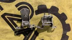 Петли двери Toyota Funcargo, правый задний