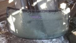Заднее стекло на Nissan Bluebird EU14 ном.90
