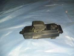 Кнопка стеклоподъемника передней правой двери Mazda 6 GH