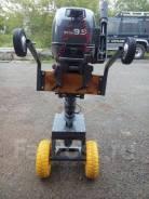 Маленькая тележка для лодочного мотора