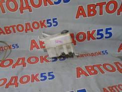Бачок стеклоомывателя Toyota LITE ACE NOAH CR40