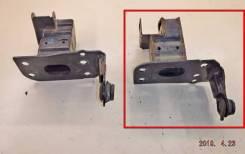 Кронштейн усилителя бампера AUDI Q7 [4L0807133A], левый передний