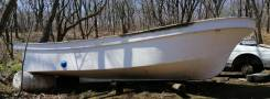 Самодельная модель. длина 5,90м., двигатель подвесной