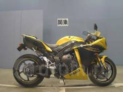 Yamaha YZF-R1, 2011