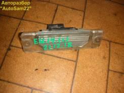 Плафон подсветки Nissan Bluebird EU14 SR18-DE 1997 прав. зад.