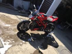 Ducati Streetfighter 848, 2012