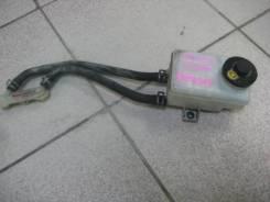 Бачок тормозной жидкости Toyota Voxy AZR60