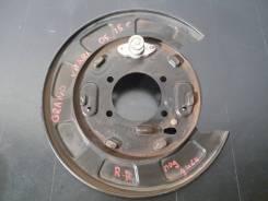 Suzuki Grand Vitara 2005-2015 г Щиток тормозного диска, Правый