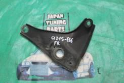 Крепление передней балки правое Toyota Caldina ST215W