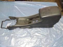 Подлокотник с дефектом Nissan Almera Classic