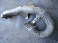 Воздухозаборник Toyota Corolla Fielder-Axio