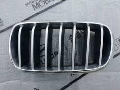 Решетка радиатора левая BMW X5 F15
