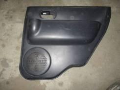 Обшивка двери Mitsubishi eK Sport H82W 2008 3G83 прав. зад.