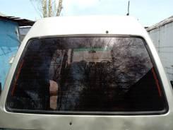 Стекло задней двери C22 Nissan Vanette