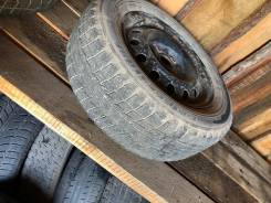 Bridgestone Blizzak Revo1. зимние, 2015 год, б/у, износ 50%
