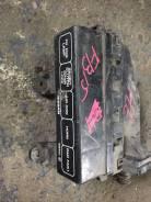 Блок предохранителей Nissan, Sunny, передний FB15