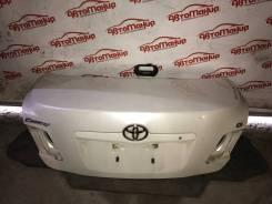Крышка багажника Toyota Camry ACV40