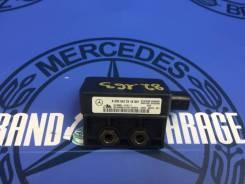 Датчик ускорения Mercedes ML-Class, C-Class 2002 [0035422318,,10098001311]