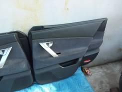 Обшивка двери. Nissan Primera