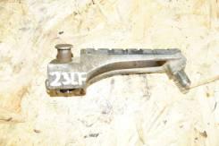 Подножка передняя левая Kawasaki ZZR1100-2