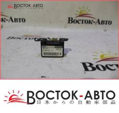 Датчик airbag R Honda Mobilio DBA-GB1 L13A (77930-SAA-N81), правый